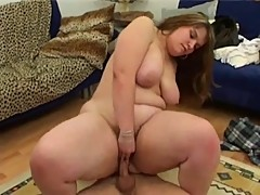 Fat girl sucks and fucks on bed