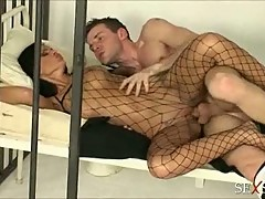 Sexy police officer black angelika gets man handled by jailbird