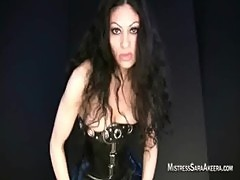 Top Canada Dominatrix punishes males
