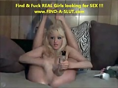 Young Blond Fisting Her Cunt - www.FIND-A ...