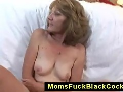 Granny Lee Anna gets interracial facial
