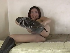 Filipino shemale gets hard asian riding action