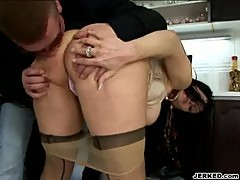 Alana - nasty mature chick in action