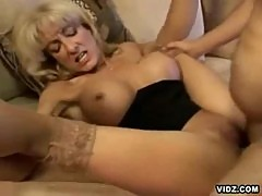 An awesome performance of a horny slut mom