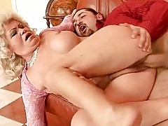 Lusty old bitch getting fucked hard