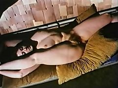 Vintage porn is great with oral sex