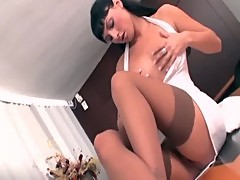 Petite secretary in stockings fucked on a ...