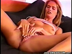 (mckayla) babe plays with herself until she orgasms