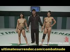 Female fucking battle on the mat