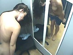 Hot Woman in changing room - Heisse Frau in der Umkleide
