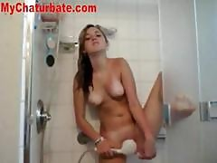 Webcam Hottie Orgasms In The Shower