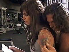 Fit bitch Brooke Biggs gets a full pussy workout in the gym