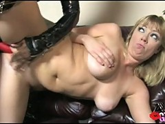 Adrianna Nicole and Sinnamon Love dildo fucking