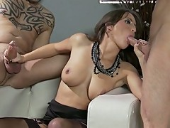 Alektra Blue and Lizz Tayler wax the rod