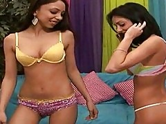 Teen Stephanie Cane and her gf Alexis Love riding