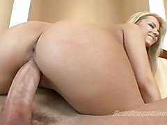 Naked whore Ashlynn Brooke bounces her twat on a rock hard c...