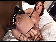 Claire Dames takes on steele rod:blk