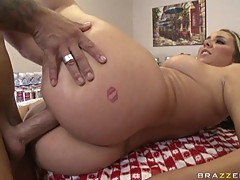 Big butt blonde whore Delilah Strong with cocks in her tight hot holes