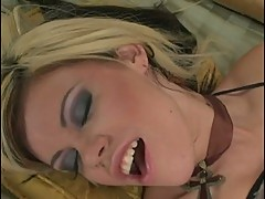 Gia Paloma rams her dildo in her pussy until she blows her load