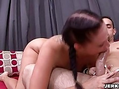 Big titted Gianna Michaels fills her mouth with a fat rod on...