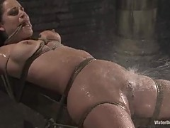 Mia Bangg gets her pussy lashed with water