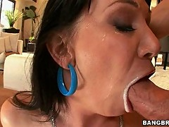 Big tits sexy Rayveness getting feeded with her boyfriends candy juice