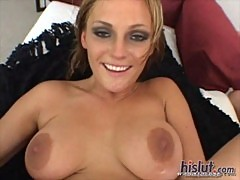Sierra Sinn looks great in this clip