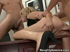 Sindee Jennings takes a dick and cannot believe how good it feels
