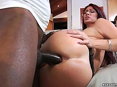 Scorching Tiffany Mynx gets her asshole hammered