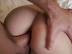 Gorgeous gf struggles on first anal sex
