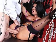 Slutty UK MILF has a naughty S&M fetish