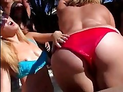 Poolparty turns into a hardcore sex orgy