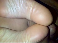 Sucking my GF yummy gorgeous toes