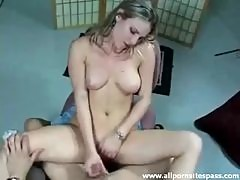 Handjob with sultry model Harmony Rose