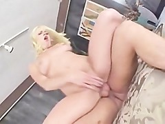 Missy Monroe- squirting bitch